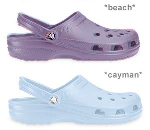 crocs caymanとbeach2
